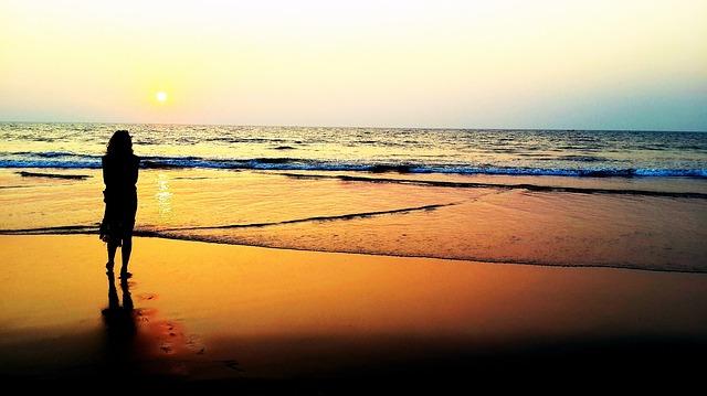 sunset-1021073_640