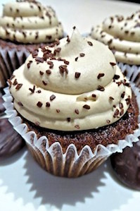 cupcakes-813080__340