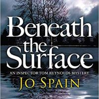 Beneath the Surface (Inspector Tom Reynolds #2) by @SpainJoanne ~ Irish #CrimeFiction #BookReview @QuercusFiction